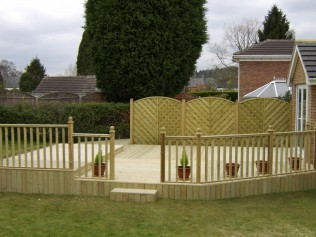 Ashwood Services Hull - Decking Example 2 - 003