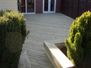 Ashwood Services Hull - Decking Example 3 - 003