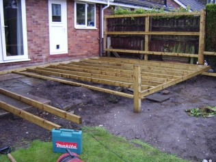 Ashwood Services Hull - Decking Example 5 - 001