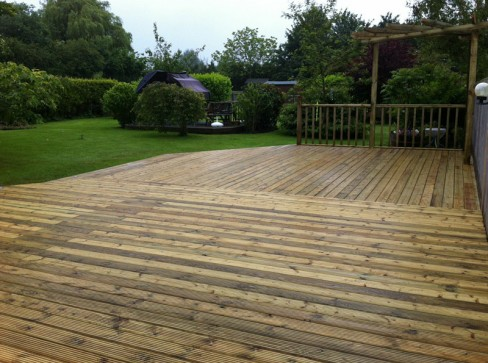 Ashwood-Services-Hull-Multi-Level-Decking-Example-001